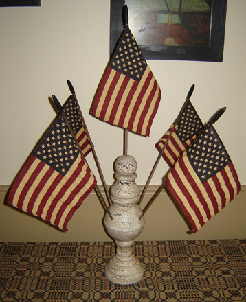 AM119 American Flag Pedestal-