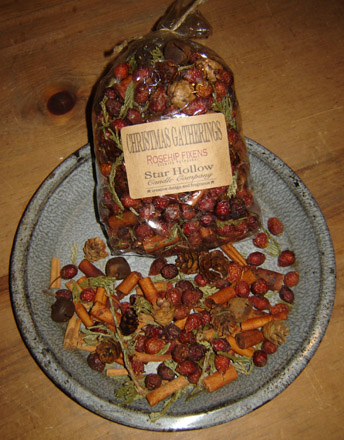 BF117 Christmas Gatherings Potpourri-