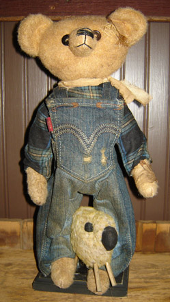 BR108 Standing Billy Bear with Sheep-