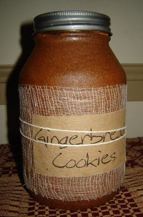 CA150 32 oz. Gingerbread Jar Candle-