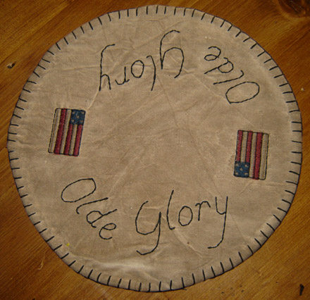 "CM105 9"" Olde Glory Table Mat-"