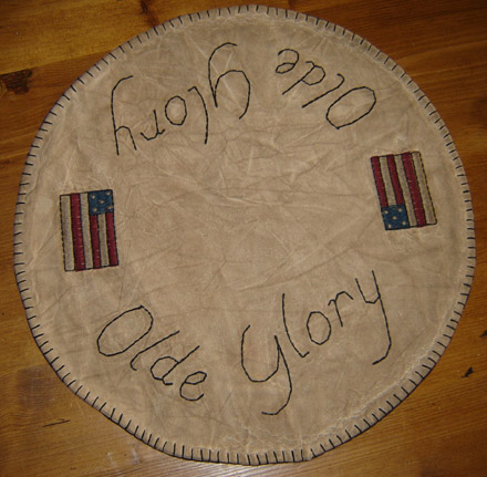 "CM106 14"" Olde Glory Table Mat-"