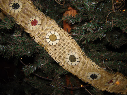 CT139 Pennies on Burlap Garland-