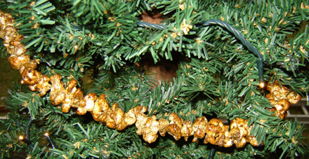 CT155 Caramel Popcorn Garland-
