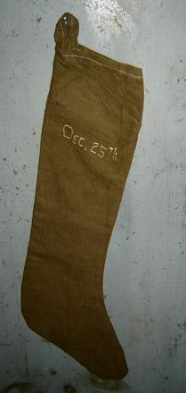 CT261 Arnett's Dec. 25th Green Stocking-