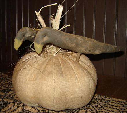 FH144 2 Crows on a Pumpkin-
