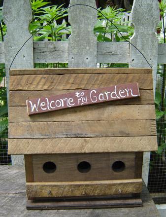 GA106 Welcome To My Garden Birdhouse-