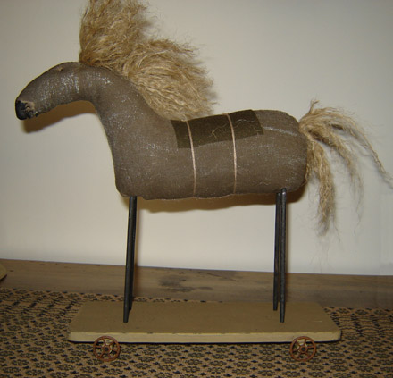 MO132 Early Dapple Horse-