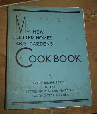 OS103 1937 Better Homes 3-Ring Cookbook-