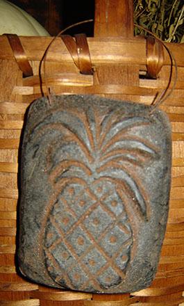 WAX109 Black Wax Rectangle Pineapple Hanger-