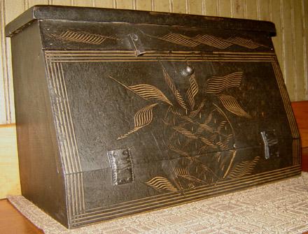 WO219 Black Combed Pineapple Box-