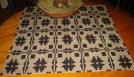 WV188 Savannah Black & Tan Table Square-