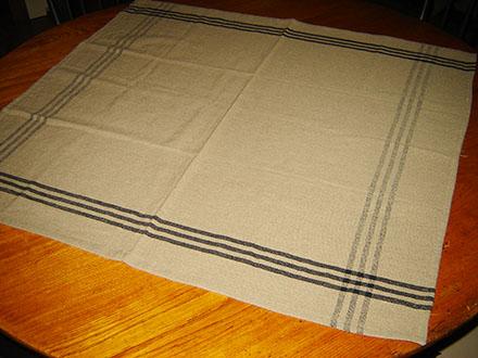 WV197 Black Grid Table Square-
